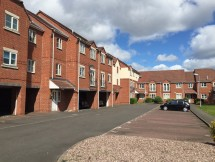 2 Bed Property to Rent in Broad Lanes,