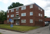 1 Bed Property to Rent in High Street, Solihull Lodge